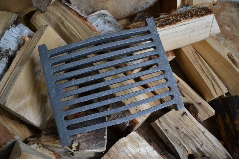 Rost 15x22 Spartherm Tafelrost Kaminrost Gussrost Original